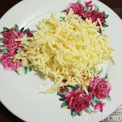 Фото рецепта - Слоеный салат с курицей и яблоком - шаг 4