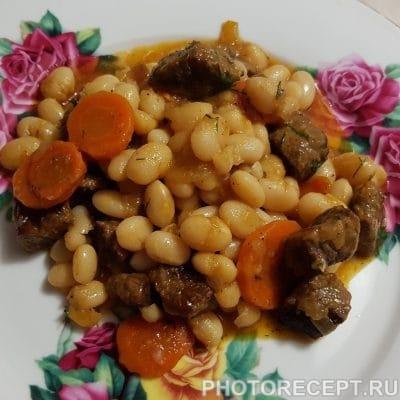Фото рецепта - Говядина с фасолью в томатном соусе - шаг 6