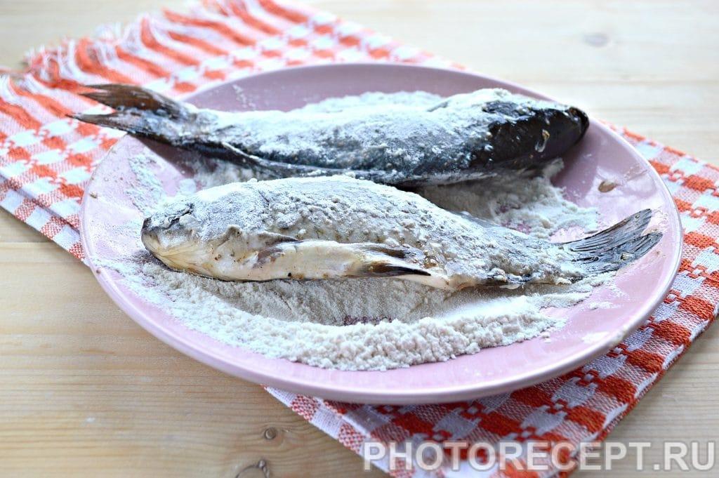 Фото рецепта - Рыба тушеная в сметане - шаг 3