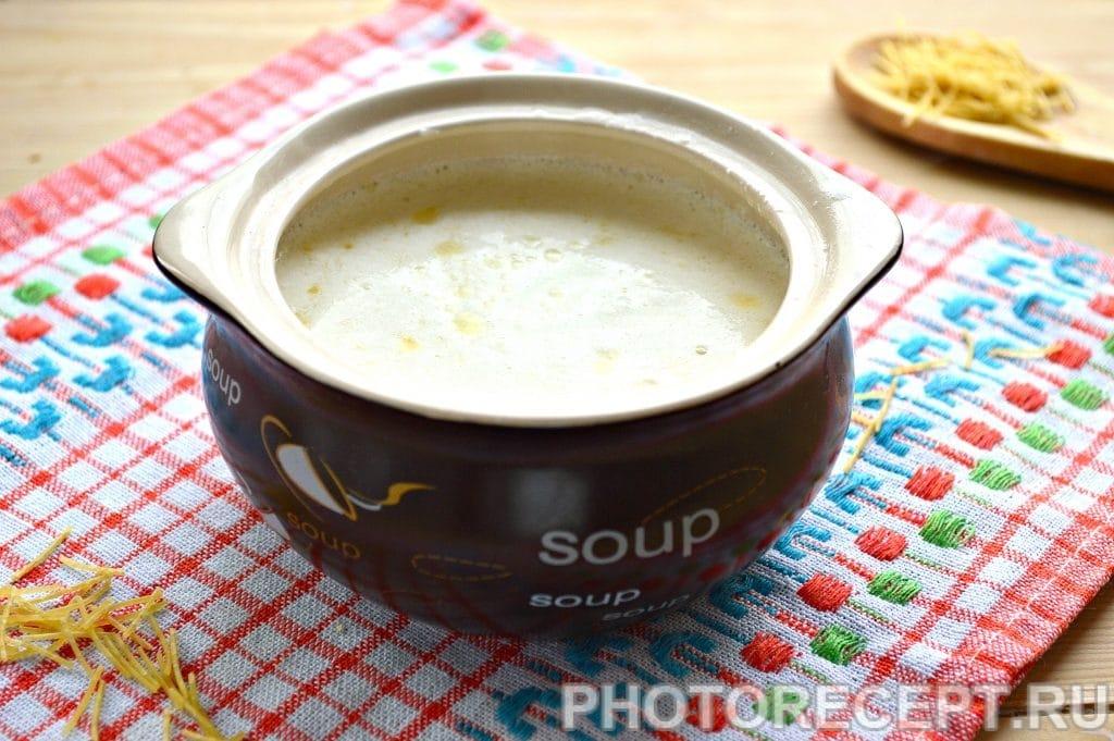 Фото рецепта - Молочный суп с вермишелью - шаг 6