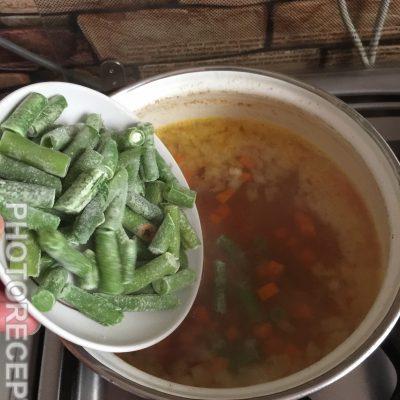 Фото рецепта - Сырный суп на курином бульоне - шаг 3