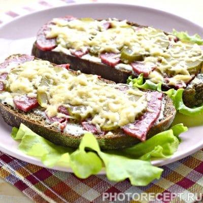 Горячие бутерброды в микроволновке - рецепт с фото