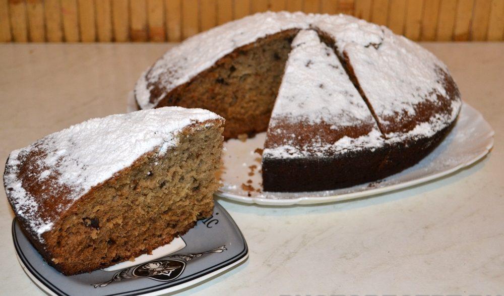 Домашний пирог с вареньем