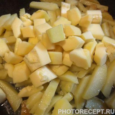 Фото рецепта - Овощное рагу с мясом - шаг 5