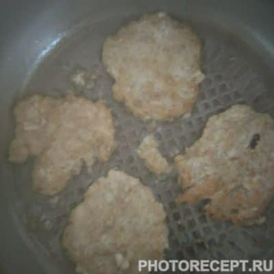 Фото рецепта - Гамбургеры «Домашние» с мясной котлетой - шаг 3