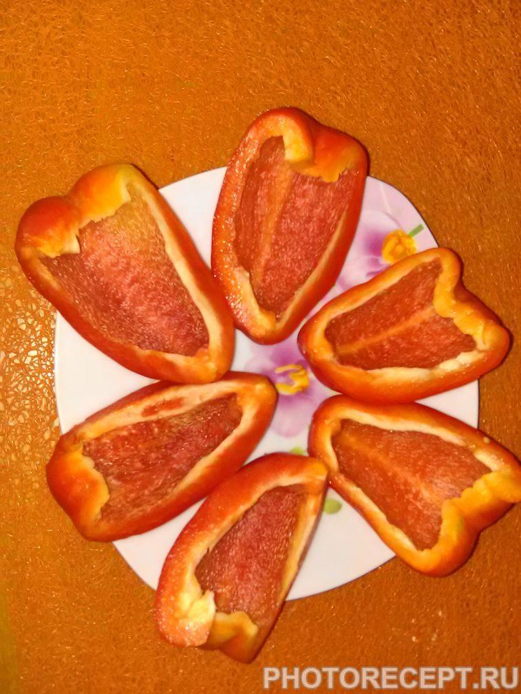 Фото рецепта - Запеченный фаршированный перец под сыром - шаг 1
