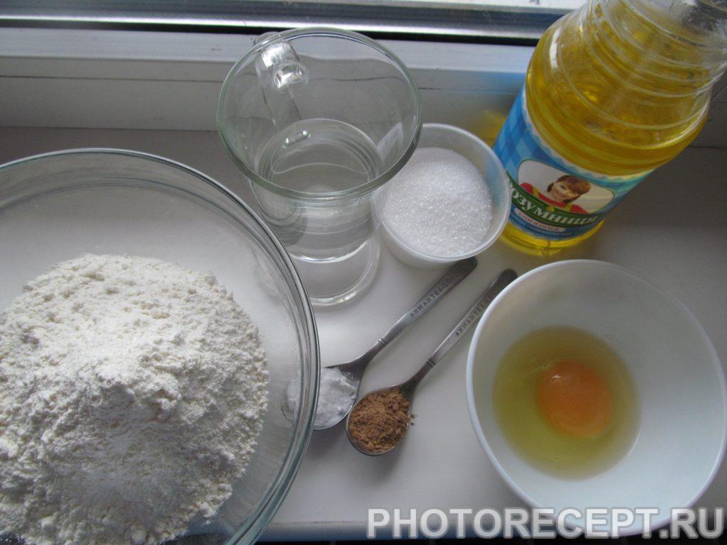 Фото рецепта - Сладкие лепешки с корицей - шаг 1