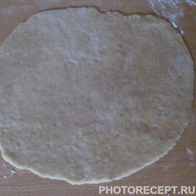 Фото рецепта - Сладкие лепешки с корицей - шаг 7