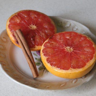 Пряные грейпфруты в виде закуски - рецепт с фото