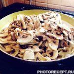 Фото рецепта - Жульен с нежным филе из куриной грудки - шаг 2
