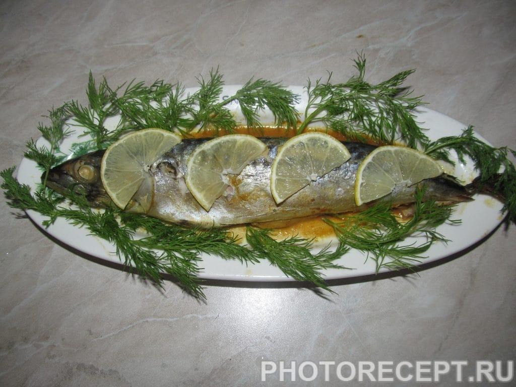 Фото рецепта - Скумбрия запеченная под соевым соусом - шаг 6