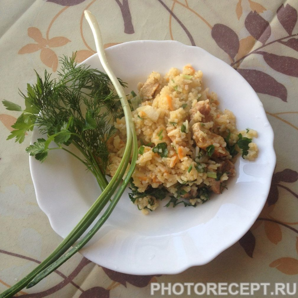 Фото рецепта - Плов из курицы в мультиварке - шаг 12