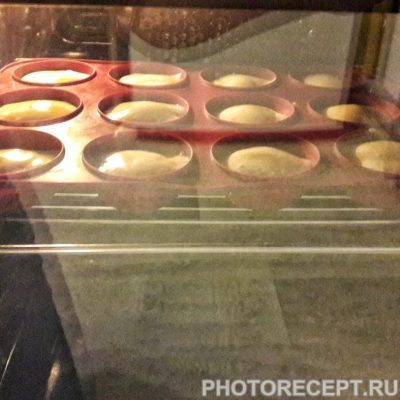 "Фото рецепта - Тесто на пирожные ""Капкейк"" - шаг 4"