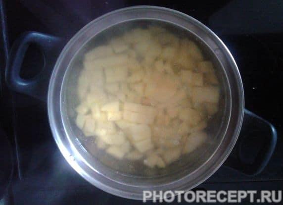 """Фото рецепта - """"Быстрый"""" суп с фрикадельками - шаг 2"""
