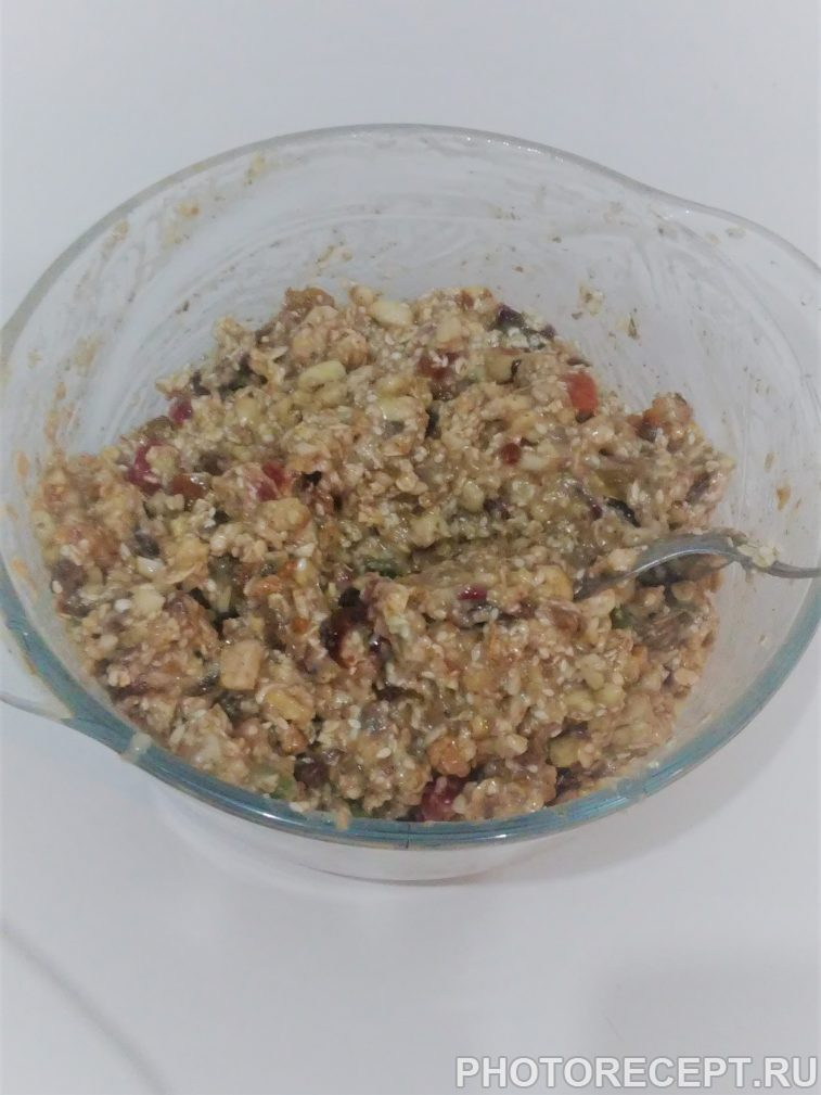 Фото рецепта - Вкусные и полезные фитнес-батончики (печенье) - шаг 2