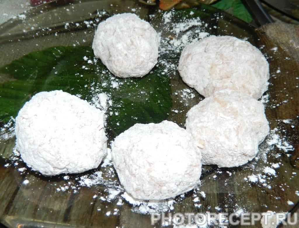 Фото рецепта - Ежики из фарша с рисом - шаг 2