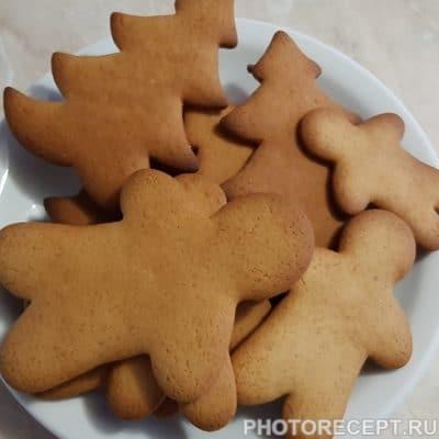 Фото рецепта - Рождественские пряники с глазурью (печенье) - шаг 7