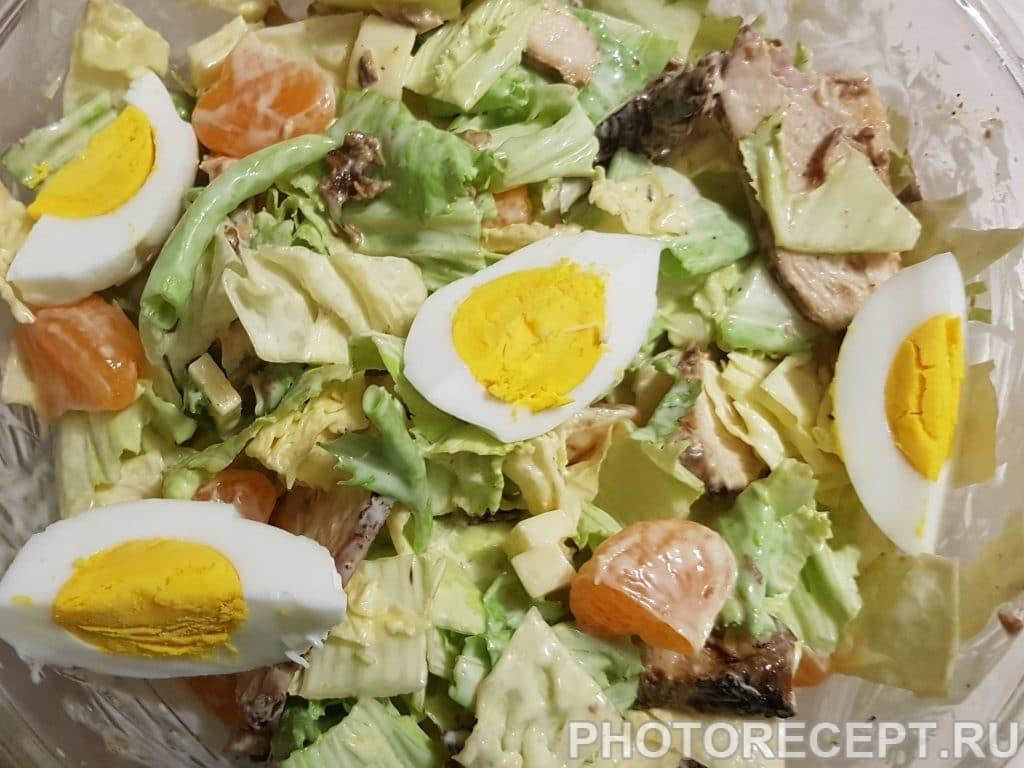 Фото рецепта - Мясной салат с мандаринами и пекинской капустой - шаг 5