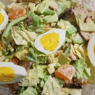 Мясной салат с мандаринами и пекинской капустой - рецепт с фото