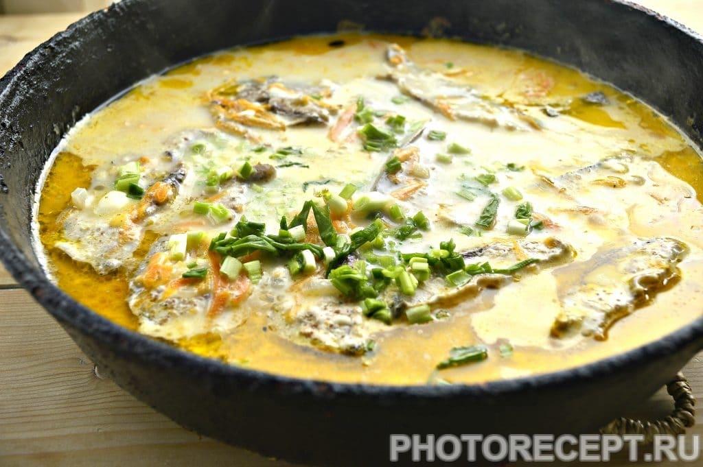Фото рецепта - Тушеный тунец с овощами на сковороде - шаг 5