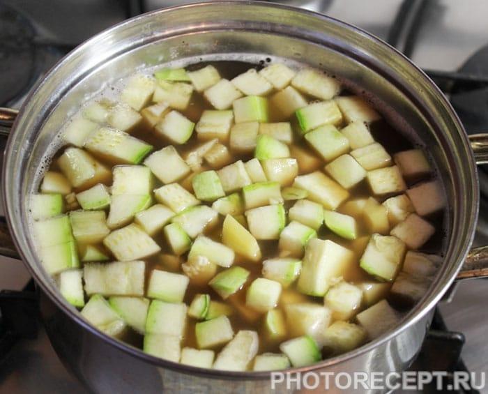 Фото рецепта - Овощной суп из кабачков и фасоли - шаг 5