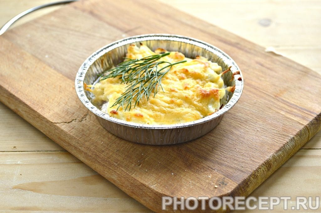 Фото рецепта - Мясо в духовке под сырной корочкой - шаг 6