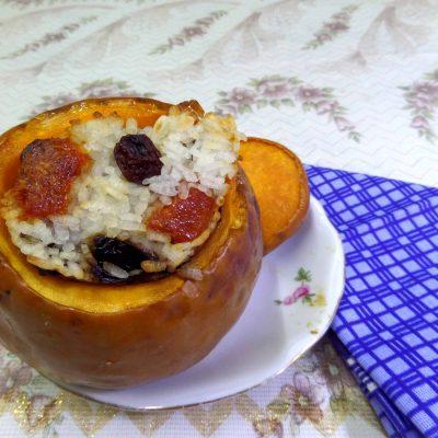 Запеченная фаршированная тыква с сухофруктами - рецепт с фото