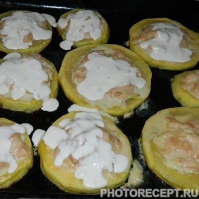 Фото рецепта - Запеченные фаршированные кабачки с куриным филе - шаг 5