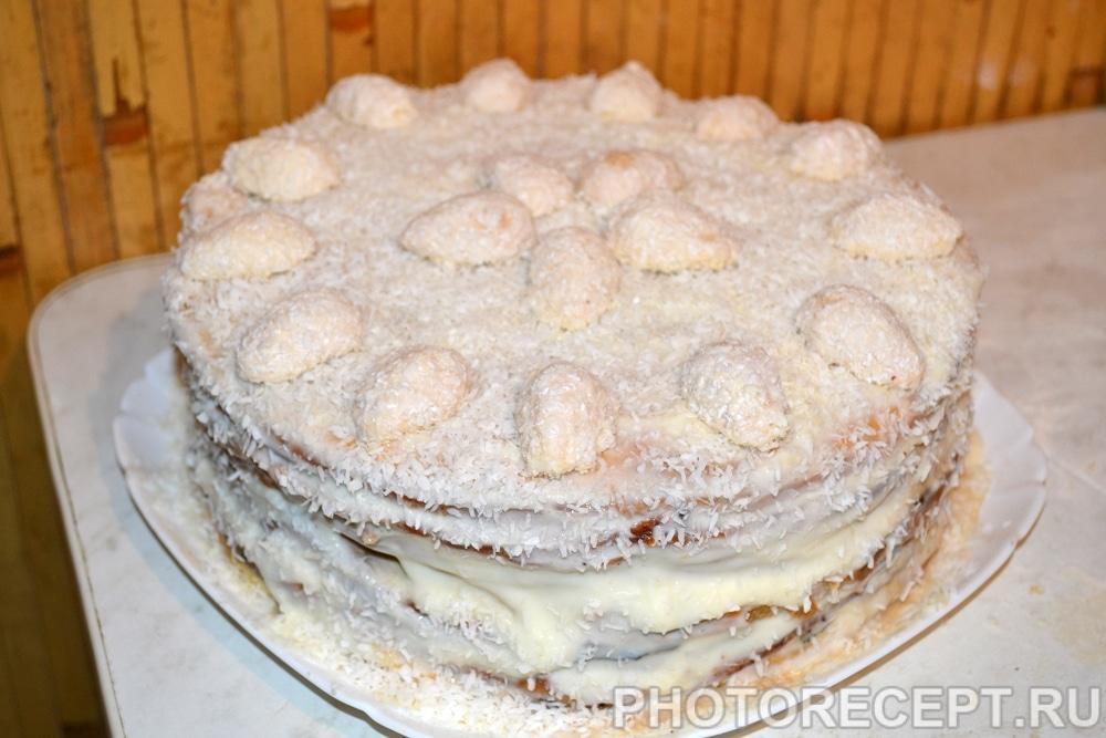 Фото рецепта - Торт «Рафаэлло» из творожного теста - шаг 9
