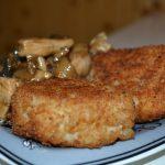 Рисовые шарики с курицей и грибами в соусе Терияки