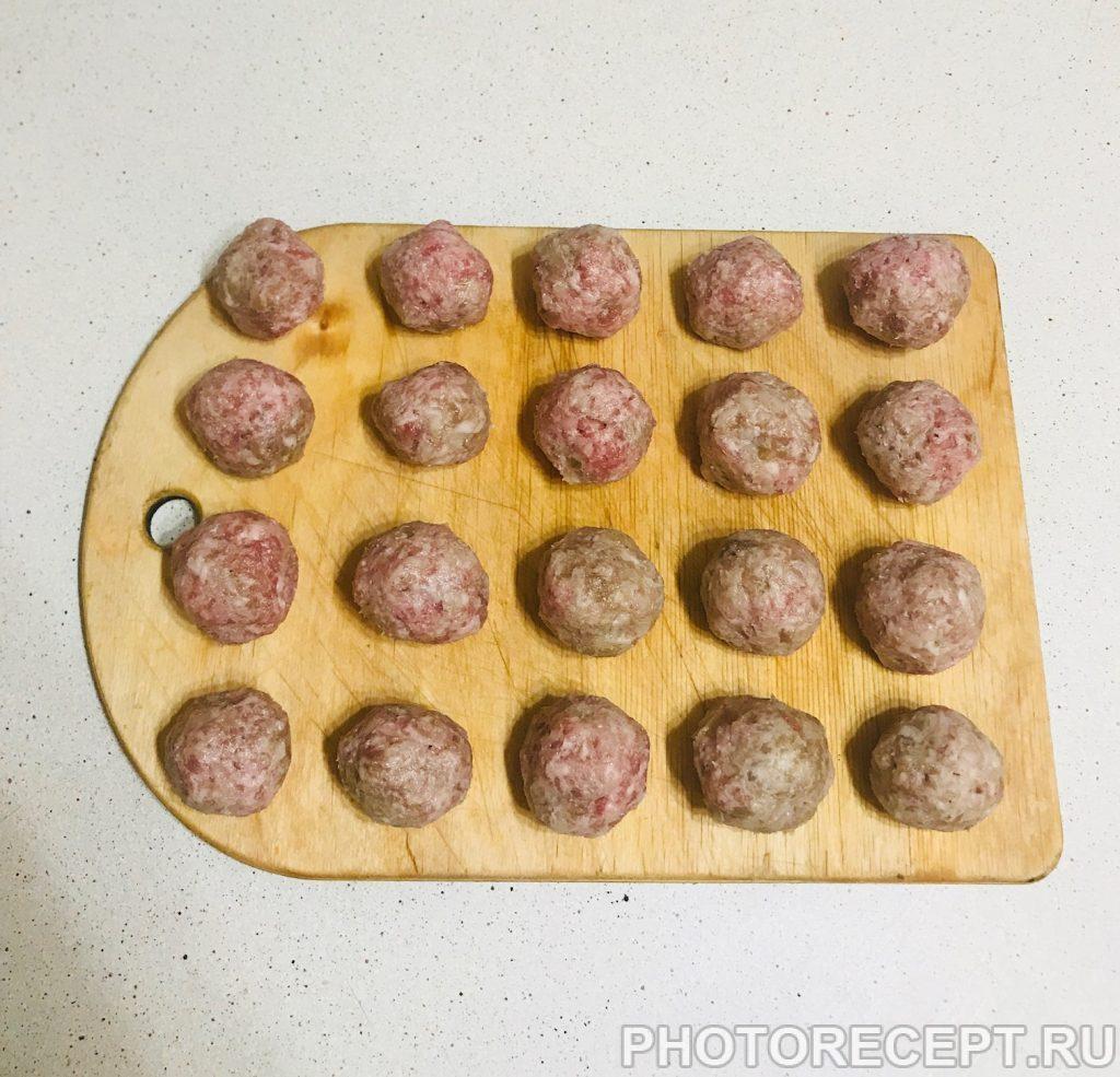 Фото рецепта - Суп-лапша с фрикадельками - шаг 2