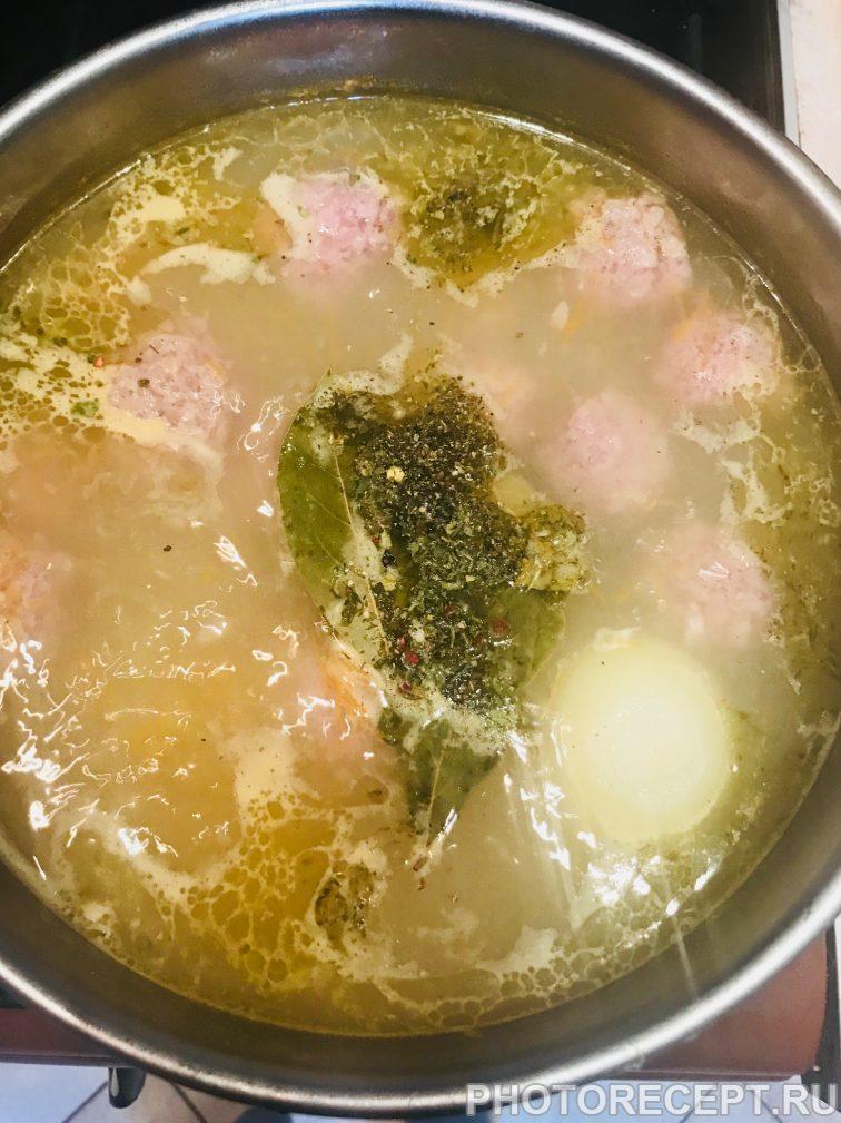 Фото рецепта - Суп-лапша с фрикадельками - шаг 6