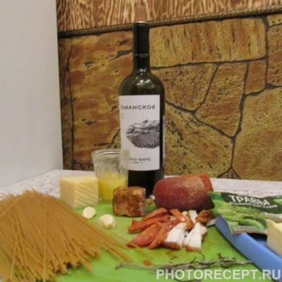 Фото рецепта - Паста «Карбонара» с сыром - шаг 1