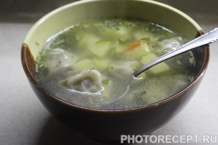 Фото рецепта - Быстрый суп с пельменями - шаг 6