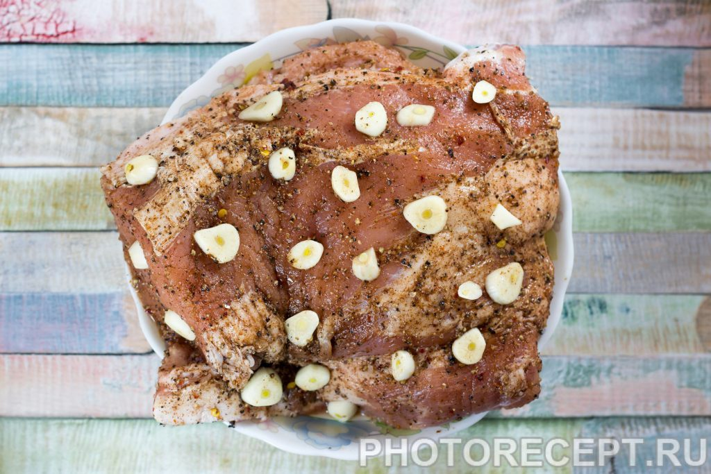 Фото рецепта - Запеченное мясо в мультиварке - шаг 2