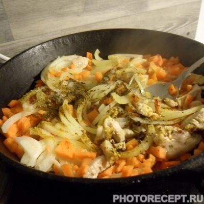 Фото рецепта - Тыква фаршированная мясом и картофелем - шаг 2