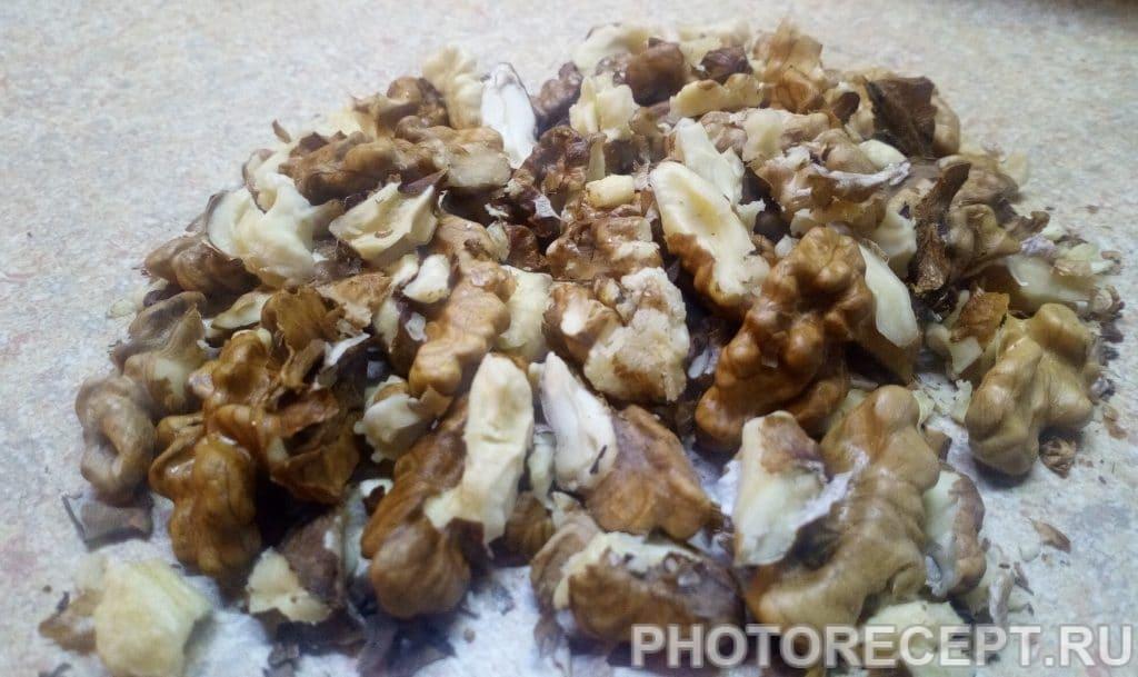 Фото рецепта - Кутья из пшеницы с изюмом и орехами - шаг 4
