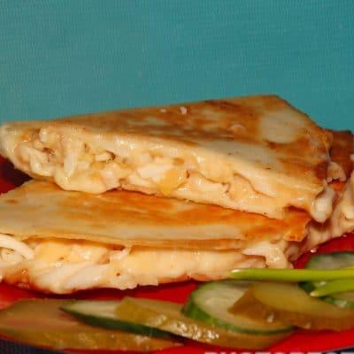 """Тортилья """"Три сыра"""" с чесноком - рецепт с фото"""
