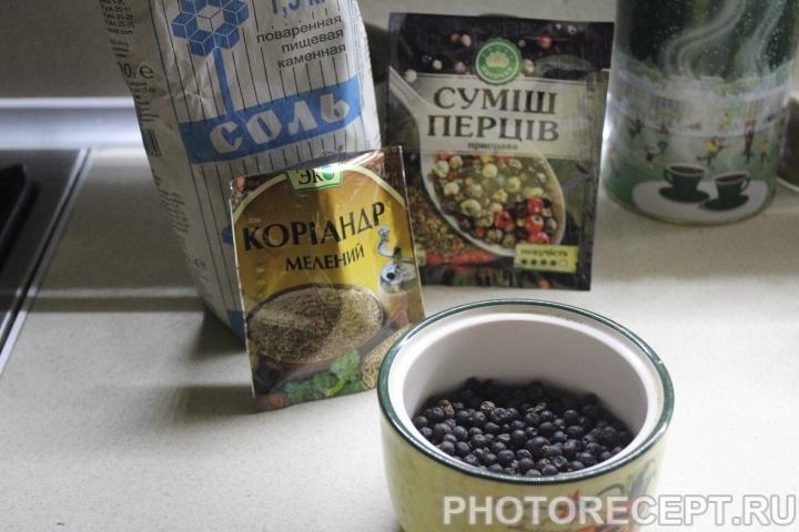 Фото рецепта - Пряная маринованная скумбрия - шаг 4