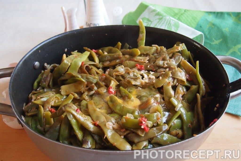 Фото рецепта - Лобио из зеленой фасоли с яйцами - шаг 12