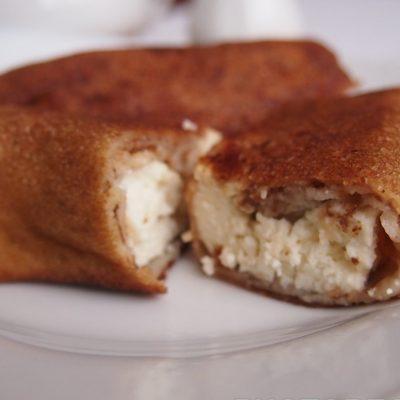 Заварные блины со сметаной и творогом - рецепт с фото