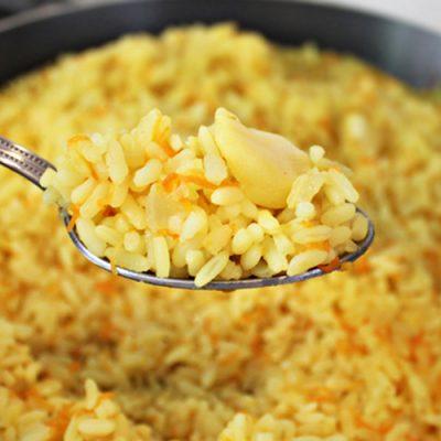 Гарнир из риса с морковью и карри - рецепт с фото