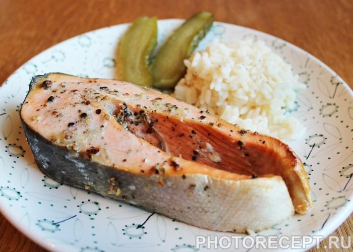 Фото рецепта - Красная рыба, запеченная в духовке - шаг 6