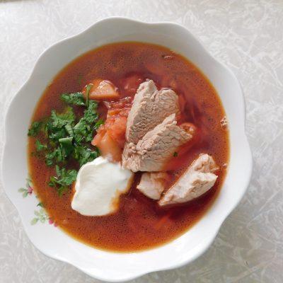 Борщ домашний со свеклой и мясом - рецепт с фото