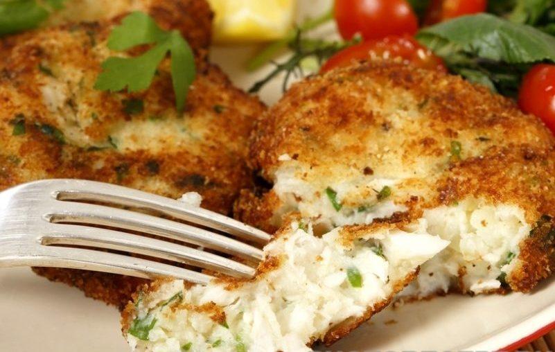 Котлеты из белой рыбы с сыром