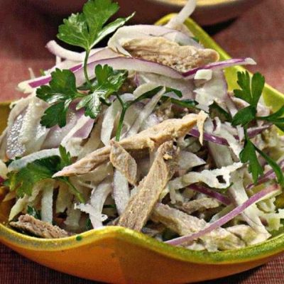 Простой салат из говядины с дайконом - рецепт с фото