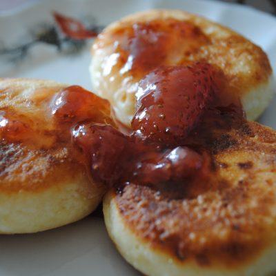 Жареные сырники из творога - рецепт с фото