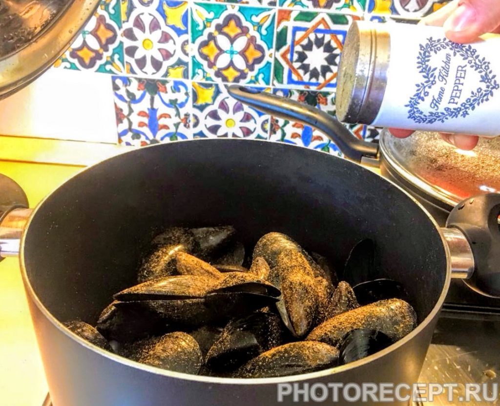 Фото рецепта - Мидии по-средиземноморски - шаг 3