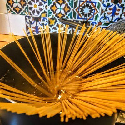 Фото рецепта - Спагетти с мидиями - шаг 10