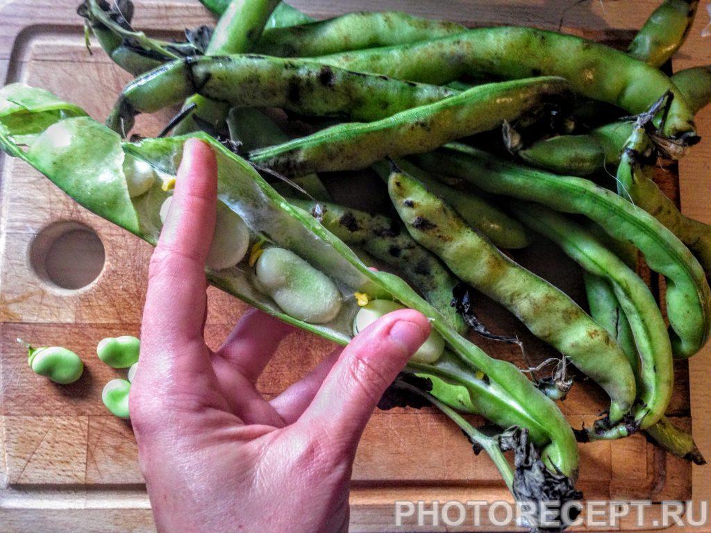Фото рецепта - Тушеные бобы Фава с горошком и фасолью - шаг 1